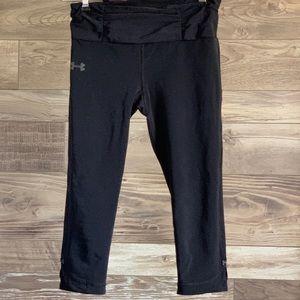 Black under armor crop leggings